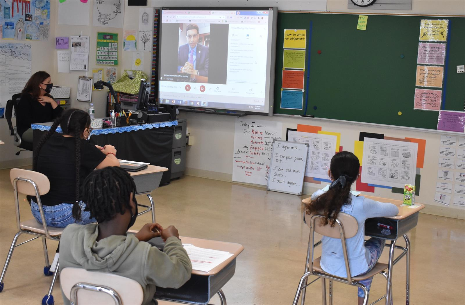Amityville Grad Connects With Park Avenue Students